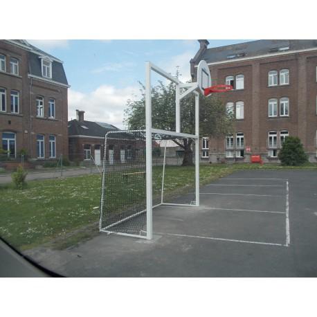 But multijeux hand/foot/basket en acier galvanisé carré de 80 x 80 mm avec arceaux (fourreaux inclus)