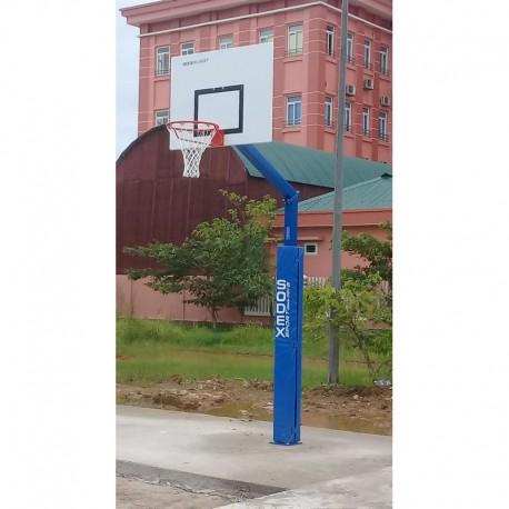 But de basket carré de 100 mm - Hauteur du cercle 3,05 m sur platine